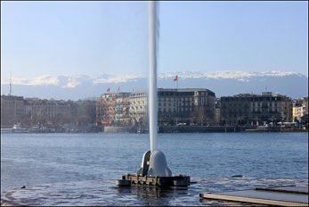 440px-Jet_d'eau_de_Genève_sur_le_lac_Léman
